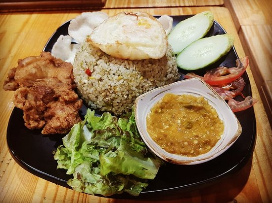 Make Use Of Nasi Lemak Home Delivery Singapore And Enjoy The Food